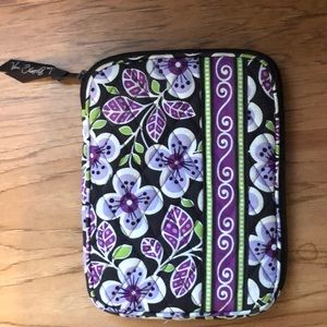 Brand new Vera Bradley flora print case